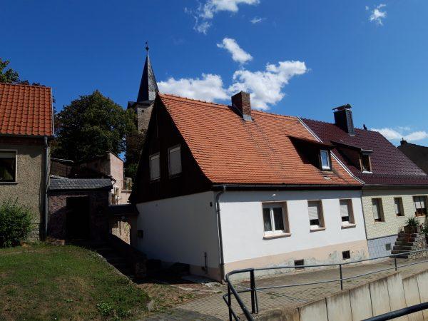 Welbsleben: Doppelhaushälfte in ruhiger Lage zu verkaufen !