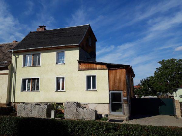 Klostermansfeld: solides Wohnhaus mit Garten in ruhiger Lage zu verkaufen – Preis VB !