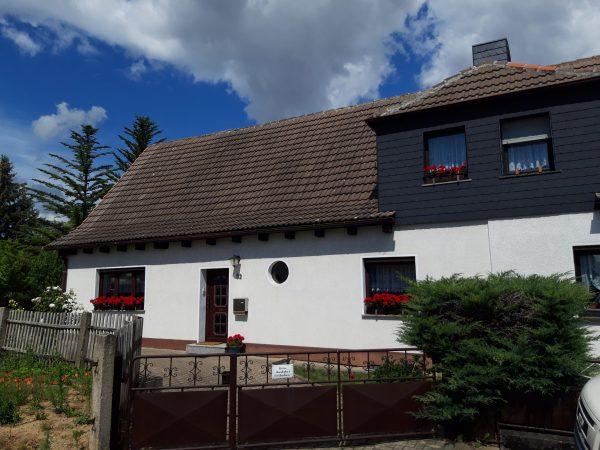 OBJEKT IST RESERVIERT Hettstedt: Einfamilienhaus in sehr schöner Lage zu verkaufen !