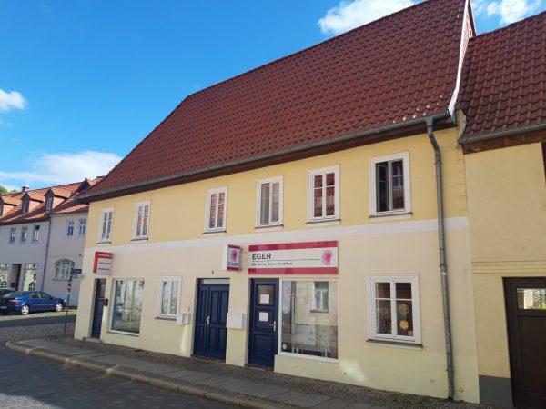 OBJEKT IST RESERVIERT Ballenstedt: 3 Familienhaus in guter Lage zu verkaufen!