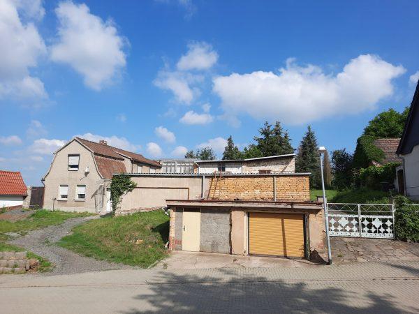 OBJEKT IST RESERVIERT Sandersleben: kleiner Bauernhof in leichter Südhanglage zu verkaufen!
