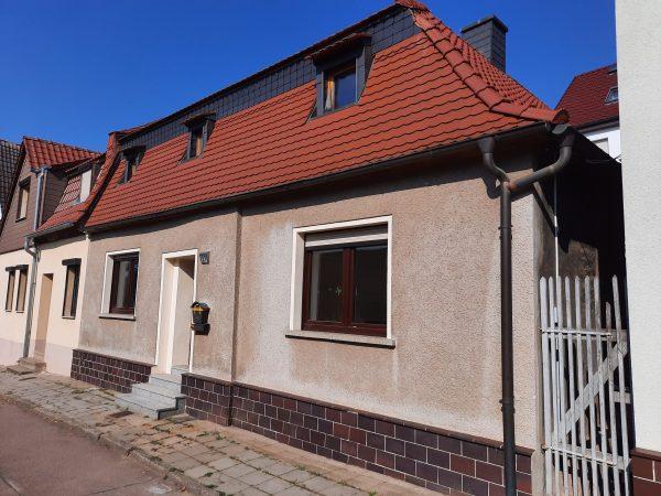 Gerbstedt: freundliches helles Haus in ruhiger Wohnlage günstig zu verkaufen!